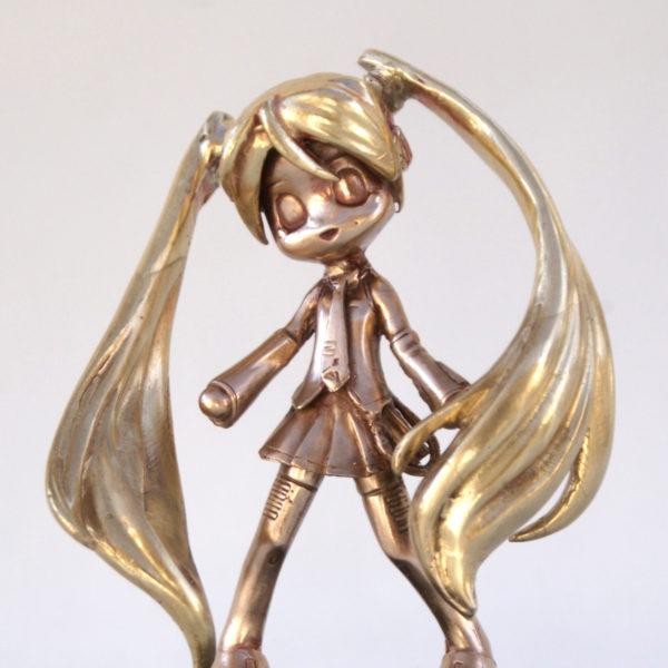 Hatsune Miku in Bronze
